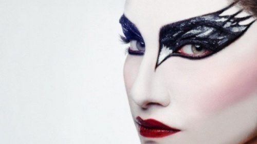Beauty || black swan makeup with fragrance direct ginger girl.